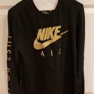 Nike Med long sleeve black tee